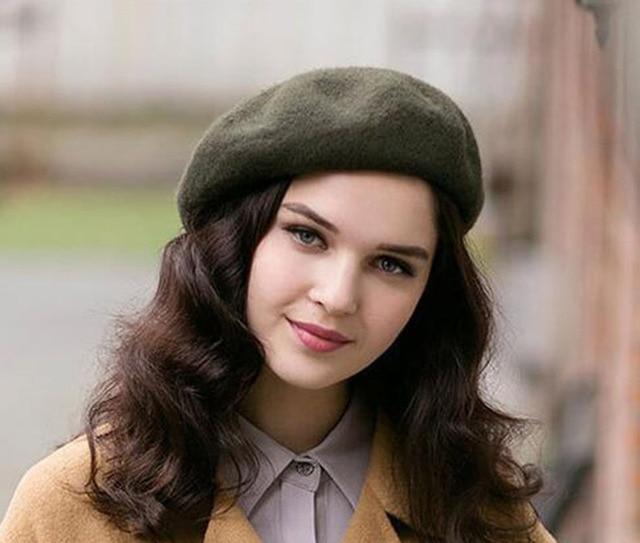 Wholesale 6pcs Fine Brand Warm Plain Wool Beret Cap Women Blank Woolen  Berets Hats NEW 2017 892318a4d2b