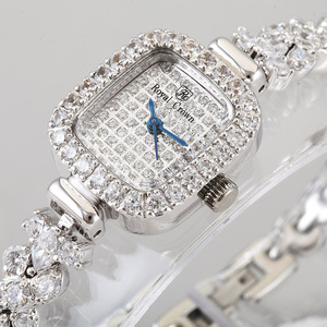 Image 2 - Volledige Crystal Royal Crown Dame Vrouwen Horloge Japan Quartz Uur Fijne Mode sieraden Klok Armband Luxe Meisje Gift
