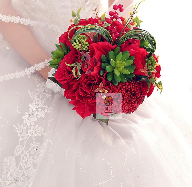 Red Artificial Flower Wedding Bridal Bouquet Hand Made Bridesmaid Flower Home Decoration Holding Flower Wedding Supplies