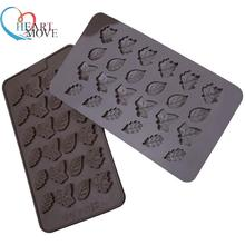 HEARTMOVE 24 even mini leaves silicone chocolate molds food-grade mold bakeware non-stick easy to fall off 9507