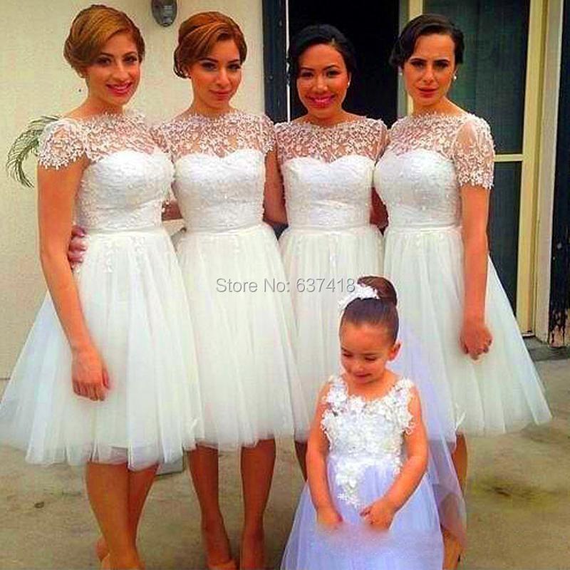 77970dc44 Tapa del cordón Cap mangas hasta la rodilla dama de honor vestidos cortos  vestido de fiesta corto Junior damas de honor vestidos envío gratis en  Vestidos de ...