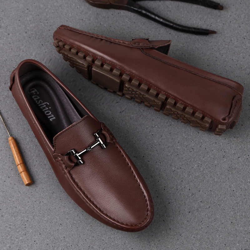 Man Shoes Leather Genuine Summer Mens Moccasin Shoes Fashion Leather Loafer Shoes Men Luxury Big size 38-47 Male Casual Footwear
