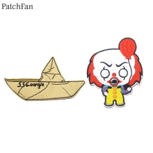 Patchfan Stephen Kings IT clown SS Georgie Embroidered Iron On Patches Badges Patchwork Applique Backpack Badge sticker A1520