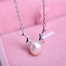 1 pcs High quality Freshwater Pearl Deer Necklace Pendant Christmas Brand New kettingen voor vrouwen(China)