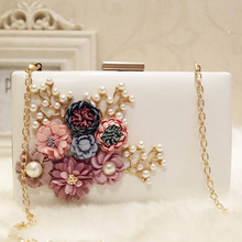 Flower Box Women Evening Clutch Bags Vintage Ladies Beaded White Evening Bag Diamond Wedding Day Clutch Purse Chain Shoulder Bag new pearls clutch bag white evening bags beaded women shoulder bags wedding party purse diamonds clutch bag