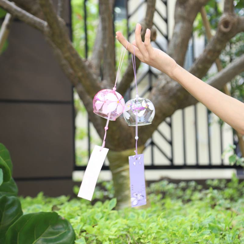 Handpaint Sakura Glass Wind Chimes Wind Japan Style Bells Hanging Decoration Home Garden Office Crafts Hanging Accessories(China)