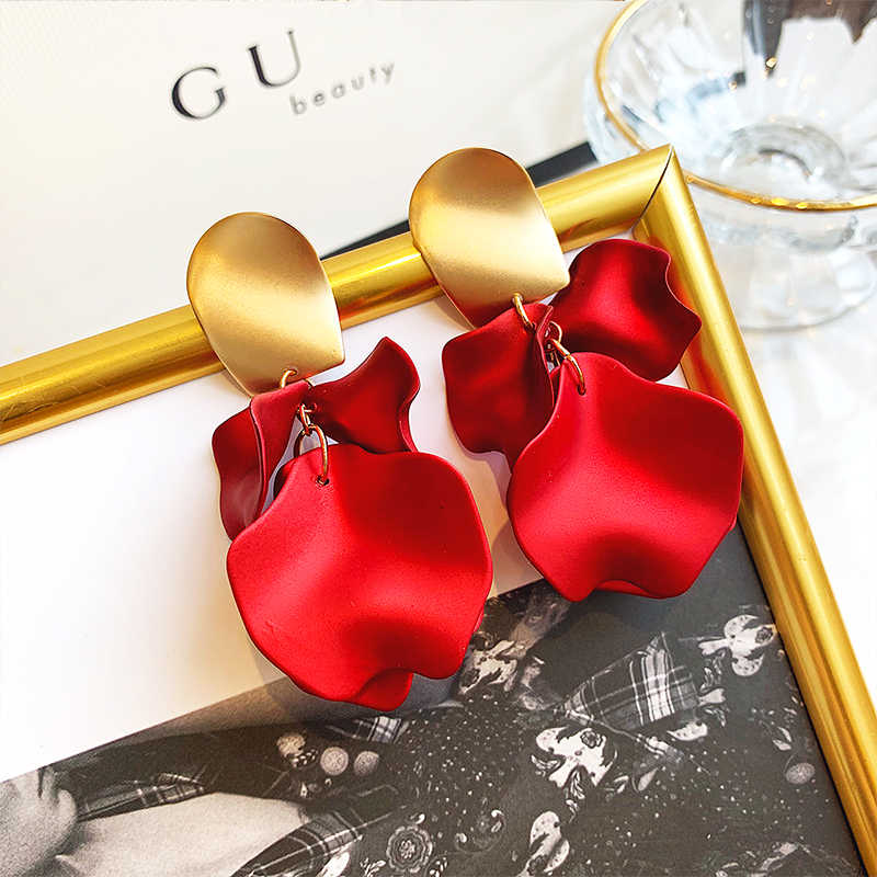 2019 New Arrival Metal Trendy Geometric Women Dangle Earrings Red Rose Earrings  Female  Ear Jewelry  Eardrops Korean Jewelry