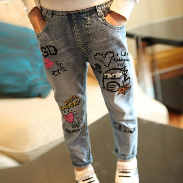 3-7-year-old jeans crianças meninos de Verão e outono de 2017 crianças calças de brim Coreanas novas das crianças ocasional dos desenhos animados crianças calças de brim meninas