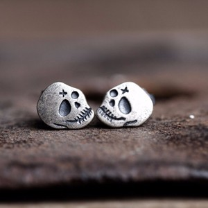 2018 Hot 925 Sterling Silver Skull Ghost Head Ear Stud Retro Gothic Punk Style Skeleton Earrings Women Fashion Jewelry