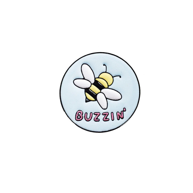 BUZZIN รอบโลหะผึ้งเข็มกลัดน่ารักการ์ตูนสัตว์ Bee Badge Pin Trendy Charm ชุดเด็กหมวกเครื่องประดับอุปกรณ์เสริมของขวัญ