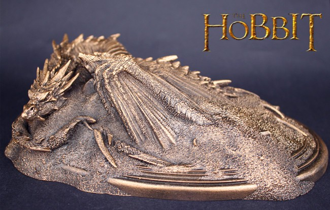 The Hobbit action Figure toy The Lord of the Rings Craft Smaug dragon decorative article model satue car ornament desk present 1 6 scale full set soldier the lord of the rings elven prince legolas action figure toys model for collections