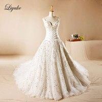 Liyuke Luxo Elegante de Cetim V-Decote A Linha Royal Train Vestido de Noiva Tribunal Trem Beading Pérolas Em Camadas Vestido de Noiva