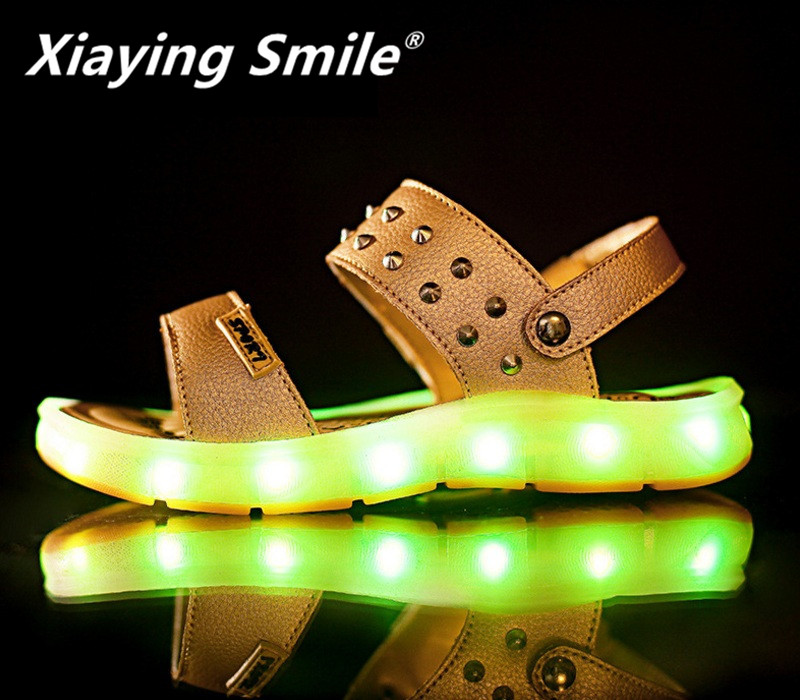 Xiaying Smile Boys Girls Luminous LED Shoes Children Sandals Flats Gladiator Summer Colorful Light Cool Casual Loop Rivet Shoes