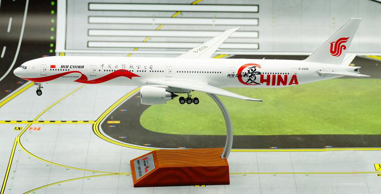 IF 1/200 China International Airlines  Boeing B777-300ER aircraft model alloy IF7773CA0416