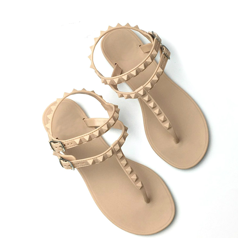 2018 Flat Heel Rivet Sandals Ladies Summer Beach Shoes Women High Heels Gladiator Sandles Zapatos Mujer Sandalias