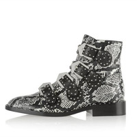 New hot runway snake black genuine leather boats rivet buckle strap low heel ankle boots for women motorcycle booties punk style