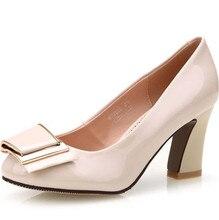 ใหม่สตรีขนาดกลางส้นรองเท้า2016 Bowtieผู้หญิงปั๊มกับแพลตฟอร์มส้นรองเท้าOLตารางส้นสำนักงานรองเท้า