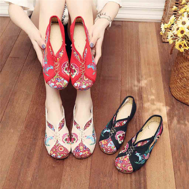 Ethnic Style Women's Vintage Embroidered Canvas Ballet Flats Ladies Comfortable Chinese Ballerinas Women Embroidery Shoes #40