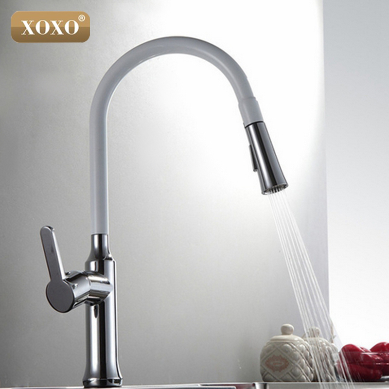 все цены на XOXO Creative Chrome Brass Kitchen Faucet Single Hole Deck Mount Pull Out Kitchen Mixer Taps Dual sprayer 83012 онлайн