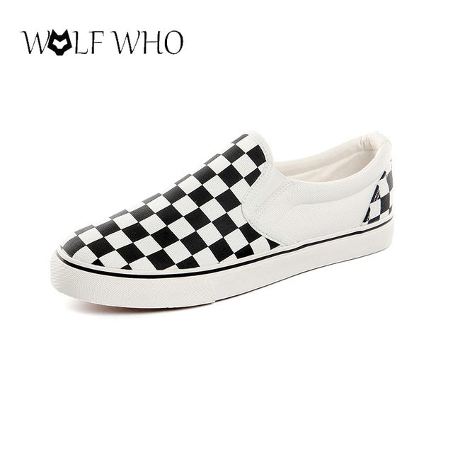 771a106c9f4c New Casual Men Canvas Shoes Comfortable Slip On Flats Shoes Classic Fashion  Black White Plaid Men Loafers Footwear Zapatos