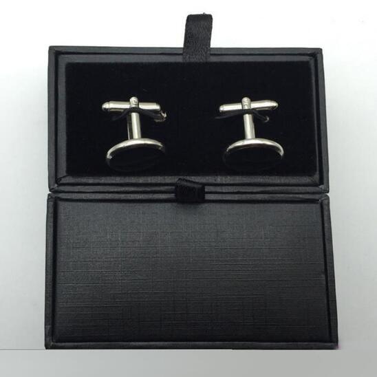 Cartone nero Gemelli Fermacravatte Scatole di Alta Qualità Matte Paper Scatole di Gioielli da Uomo gemelli Box all'ingrosso 300 pz/lotto-in Confezioni e espositori per gioielli da Gioielli e accessori su  Gruppo 3