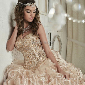 Image 3 - 2020 Luxurious Champagne Embroidery Crystals Ball Gown Quinceanera Dresses Floor Length Vestidos De 15 Anos Sweet 16 Dresses