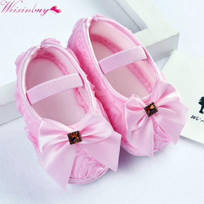 Til små piger Fodtøj til spædbørn pre-walker Fodtøj med lyserøde blomster bue af prinsesse til nyfødte blødsål Fodtøj