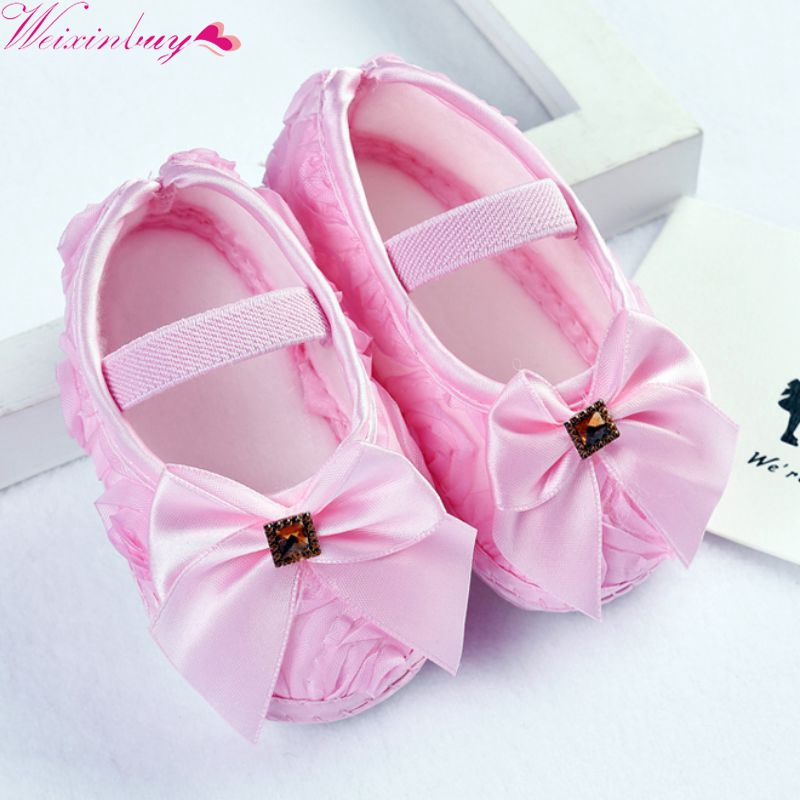 Baby Girl Shoes First Walkers Toddler Pre-walker Shoes Rose Flowers Bow Princess Newborn Baby Soft Sole Shoes 2019 baby toddler shoes kids flower soft sole girl first walkers