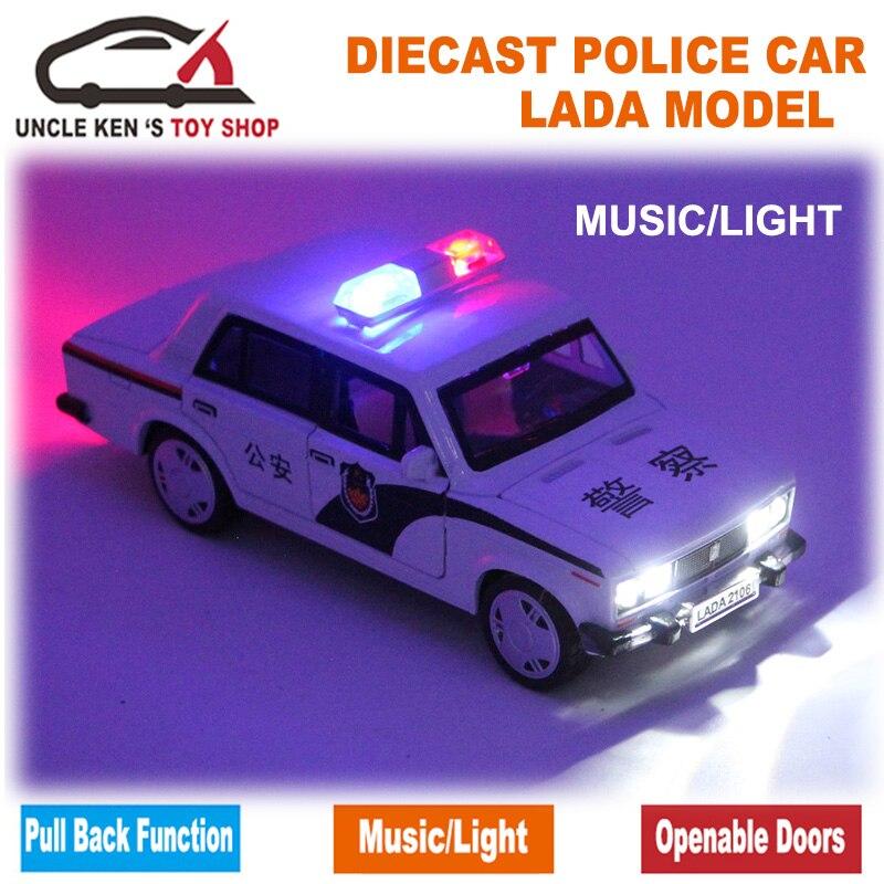 Skala LADA Russische Polizeiauto, Diecast Models, jungen Spielzeug Mit Geschenk-box/Öffnende Türen/Zurückziehen Funktion/Musik/Licht