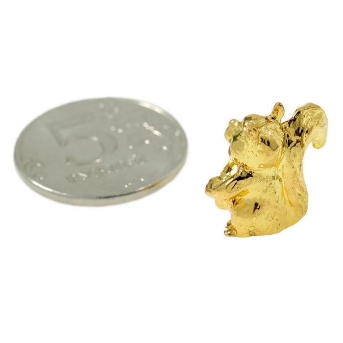 """吉祥物的""""松鼠""""与硬币钱包"""