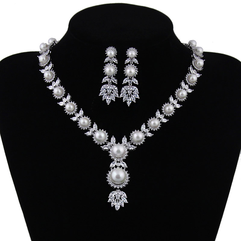 Simulated Pearl Bridal Jewelry Sets Crystal Silver Color Flower Necklace Earrings Sets Wedding Jewelry Sieraden Sets AS120 women silver color crystal flower pearl string bridal jewelry sets earrings necklace wedding jewelry accessories sets
