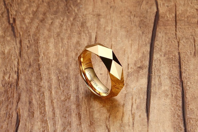 Бесплатная доставка Высокое качество полированная ip gold покрытие Вольфрам карбид круглый свадебные Для мужчин и Для женщин может ювелирные ...