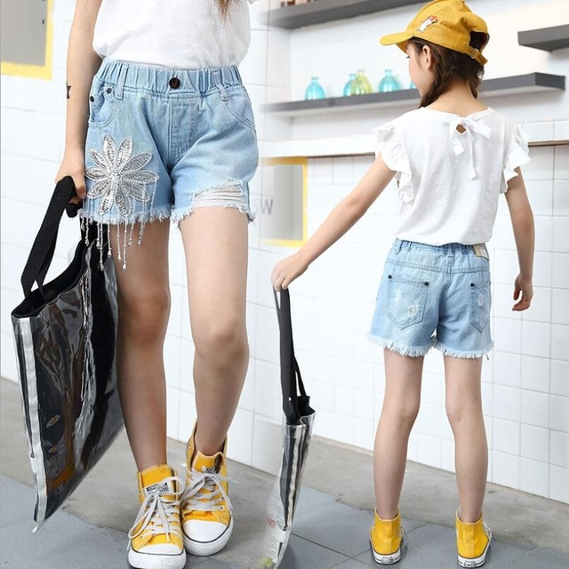 d94b6e83a4 3-12 Years 2018 Fashion Summer Kids Girls Shorts Denim Pants Flower Toddler  Teen Children Kids Short Trousers Girl Jeans JW3854A