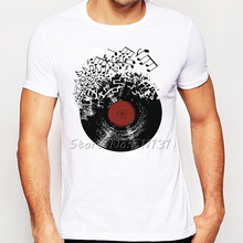 Vinyl record dissolving into musical notes men's t-shirt