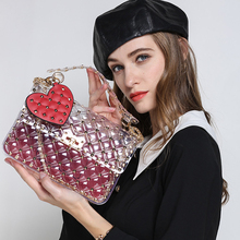 Купить с кэшбэком women summer bags 2019 luxury brand fashion rivets transparent totes bag clear pvc plastic quilted beach bags chains handbag 357