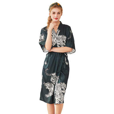 963d3d4cf8b Daeyard Silk Satin Wedding Bride Bridesmaid Robe Women Tiger Print Bathrobe  Sexy Long Kimono Night Robe