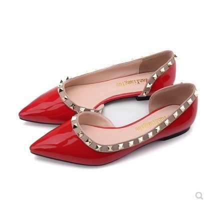 Bayanlar Bale Daireler Patent deri kırmızı siyah bej süper artı boyutu 48-34 geniş ayak ayakkabı perçin Flats yeni fashionHigh kaliteli