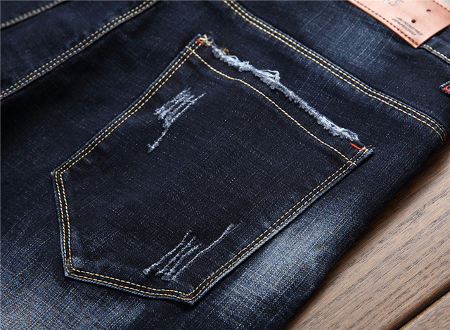 2018 new fashion patch hole distressed jeans mens slim straight jeans designer high quality washed full lenght Hot Sale