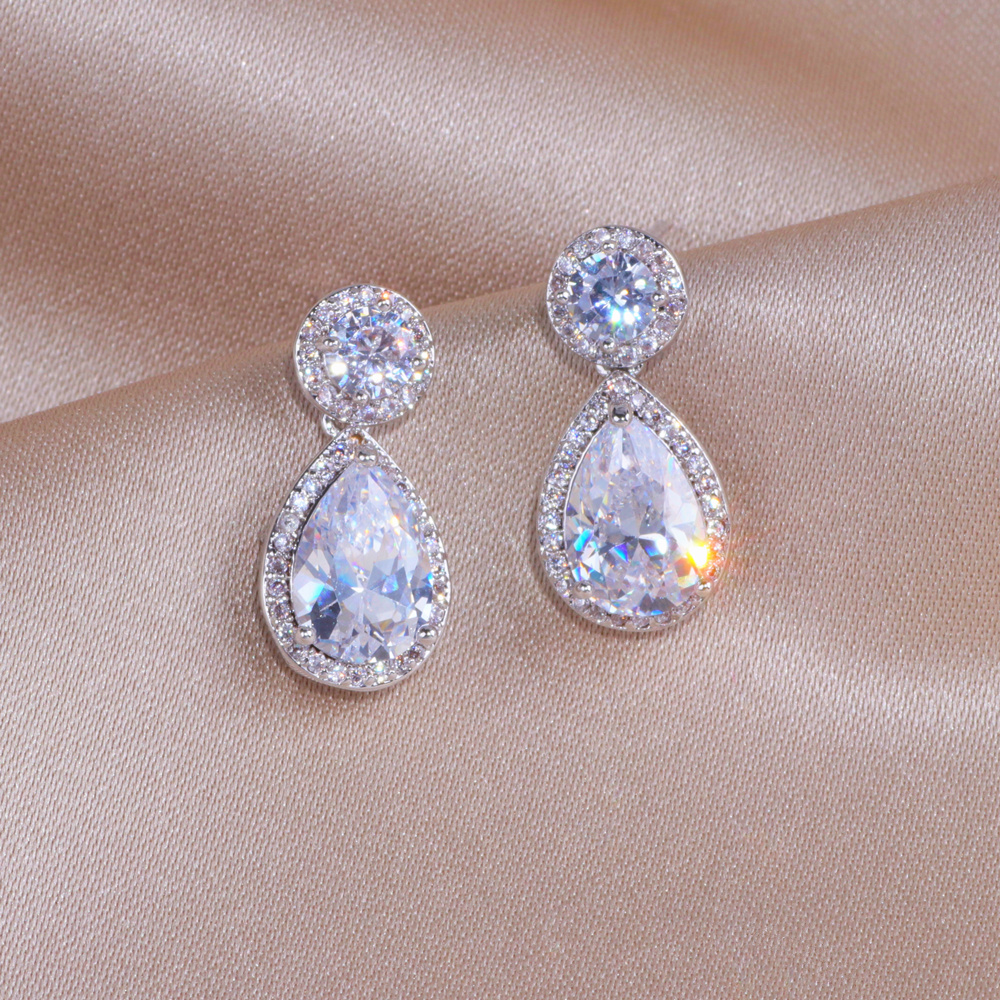 Classic Sliver Color Water Drop Shaped Cubic Zirconia Crystal Earrings For Women Romantic Wedding Jewelry For Brides Bridesmaid