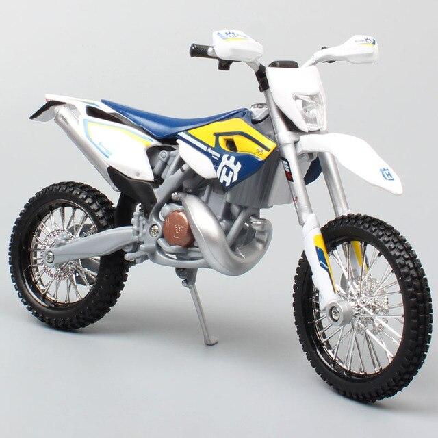 Maisto 1/12 2015 KTM אופנוע בקנה מידה HUSABERG FE 501 Husqvarna FE501 אופני עפר מוטוקרוס Diecast & כלי רכב מתכת רכב דגם צעצוע