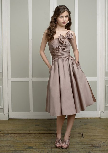 Free Shipping Knee length Strapless Satin Bridesmaid Dress-in ... 9cca395d6323