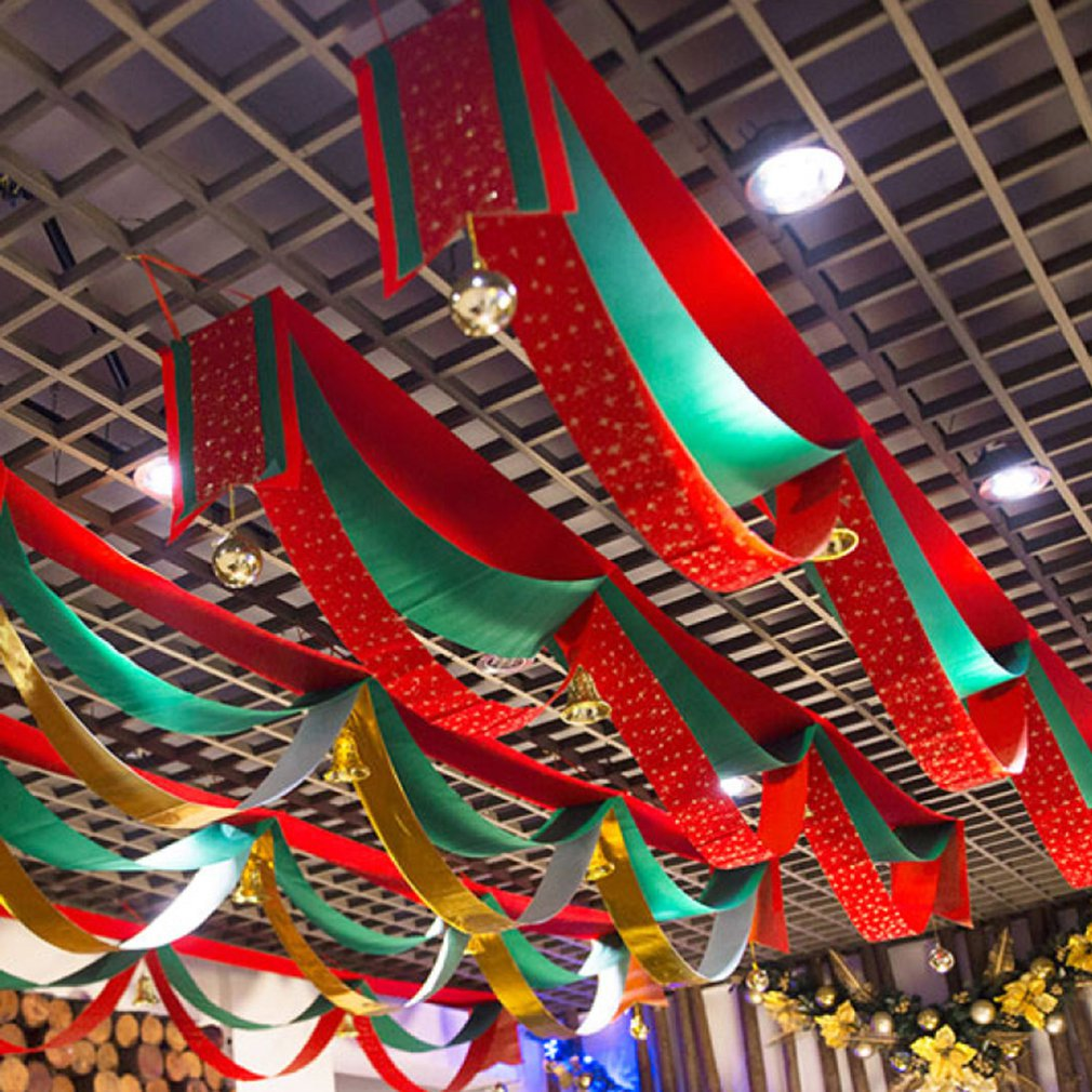 Christmas Decorations In Shopping Malls: Christmas Decorations Wavy Flags Ribbons Festivals Malls