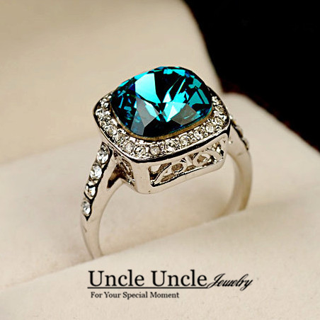 White Gold Color Royal Design Square Blue Crystal Classic Lady Finger Wedding Ring Engagement Ring Wholesale