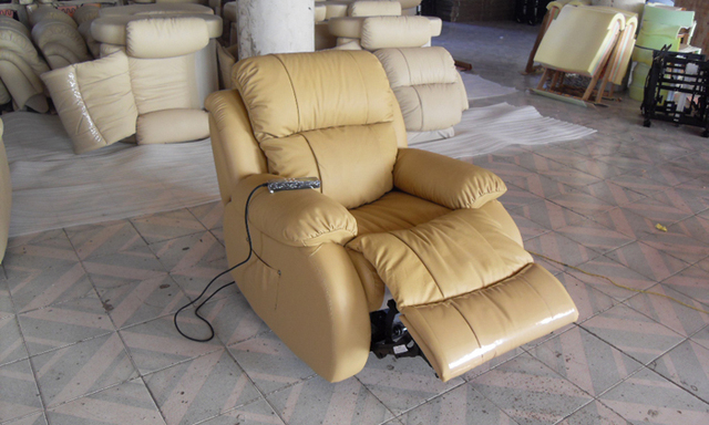 Free Shipping Modern Design luxury 123 Electric control functional leather recliners Free Shipping  modern reclining sofa LF001