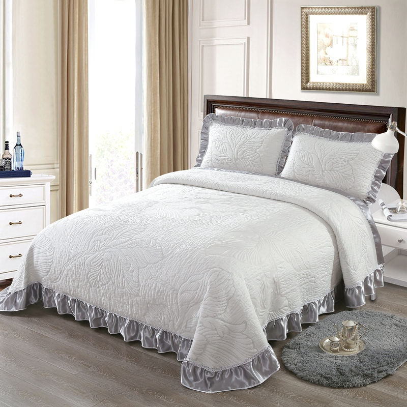 3Pcs Bedspread Bed cover Mattress topper Silver Bed spread Queen King size  Bed set Comforter Blanket Pillowcases couvre lit3Pcs Bedspread Bed cover Mattress topper Silver Bed spread Queen King size  Bed set Comforter Blanket Pillowcases couvre lit