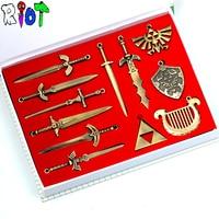 12 шт. Zelda оружия модель устанавливает меч и щит Арсенал треугольник DIY ожерелье из кожи веревку цепи/брелок брелоки сувениры подарок