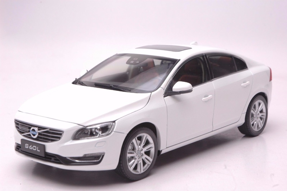 1:18 Diecast Model for Volvo S60L 2015 White Alloy Toy Car Miniature Collection Gifts S60 fine special offer jc wings 1 200 xx2457 portuguese air b737 300 algarve alloy aircraft model collection model holiday gifts