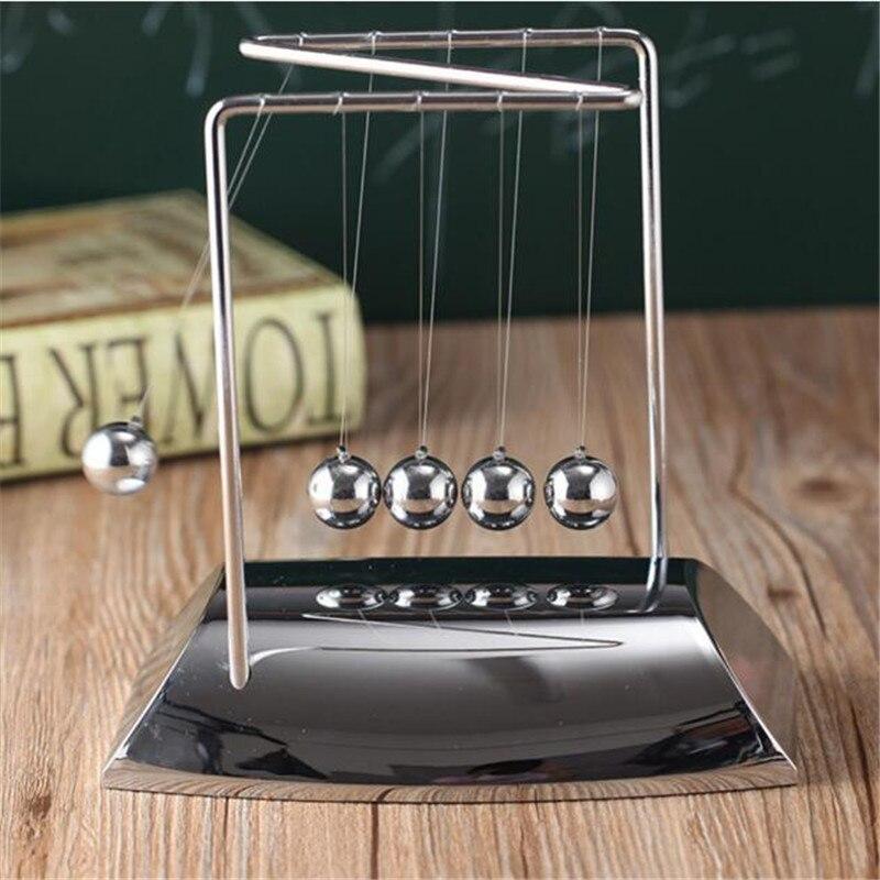 Творческий Z в форме гальванических базы массивные стальные шарики Ньютон Бильярд декоративные украшения стола Ньютон маятник большой Раз