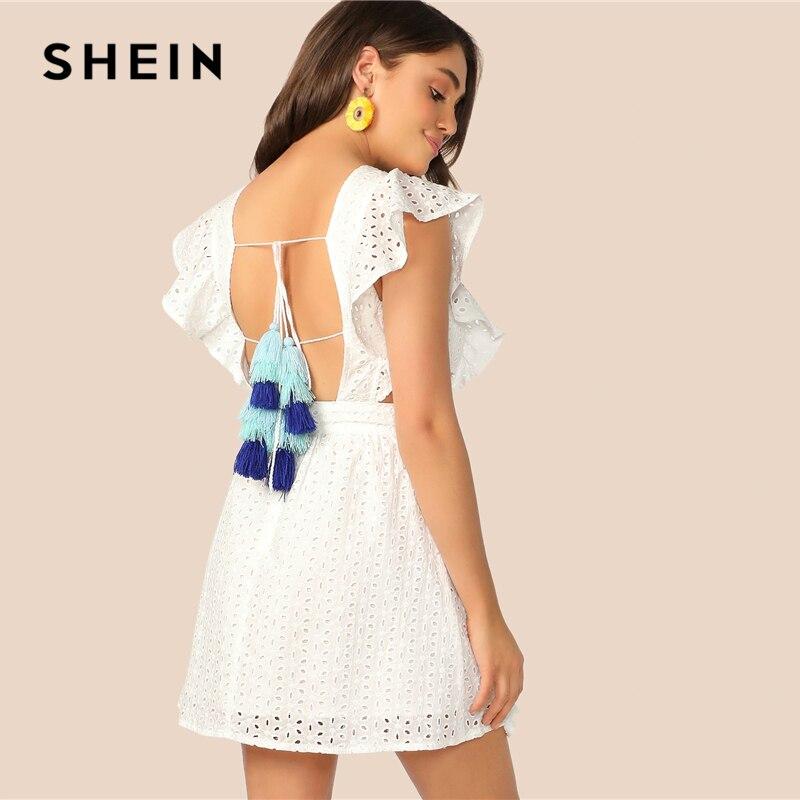 Шеин Boho Белый кисточка с открытой спиной сбоку Schiffy летнее платье со складками Для женщин без рукавов Fit and Flare Мини-платья