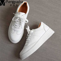 2017 Women White Shoes Spring Summer Round Toe Comfortable Casual Flats Platform Real Leather Shoes Sapato
